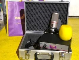AKG SolidTube (66216)