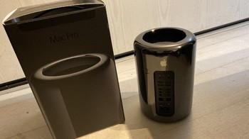 Apple Mac Pro 2013 (46528)