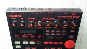 "Boss DR-202 ""Dr. Groove"""