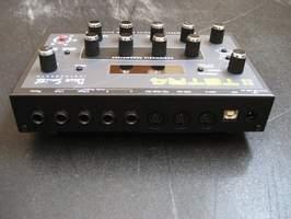 Dave Smith Instruments - Tetra