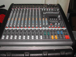 table de mixage jbl