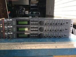 Electro-Voice DX 38 (66519)