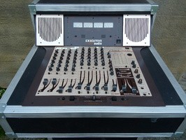 TABLE DE MIXAGE CLUBTECH 2000 Executive Audio - 225 €