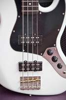 Fender Modern Player Jazz Bass