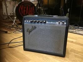 "Fender Vibro Champ ""Silverface"" [1968-1982] (87793)"