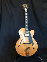 Guitare Luthier Guidon Archtop - 1 700 €