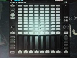 Native Instruments Maschine Jam (3092)