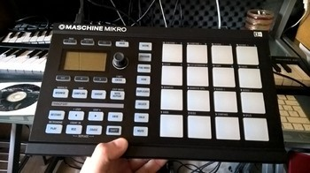 Native Instruments Maschine Mikro MKI (63031)
