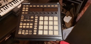 Native Instruments Maschine MKII (95525)