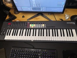 Novation Launchkey 61 (40639)