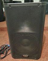 qsc-k12-1000w-powered-pa-12-loudspeaker