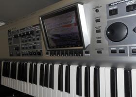 Roland Fantom X7 (23850)