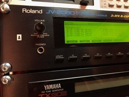 Roland JV-2080 (53907)