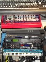 Roland SDE-330 (53028)