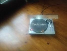 Technics SL-1200 MK2 (3681)