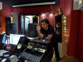 Studio Kashmir - Hubert Kalou