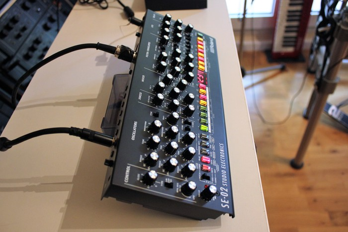 Roland SE-02 : SE 02 2tof 10.JPG