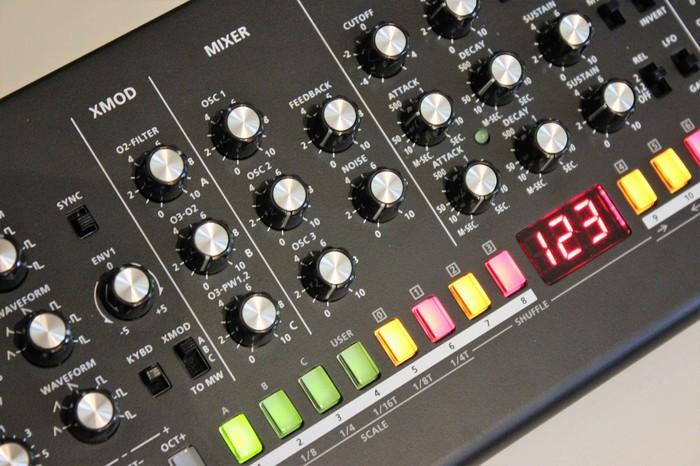 Roland SE-02 : SE 02 2tof 07.JPG