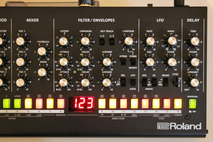 Roland SE-02 : SE 02 2tof 05.JPG