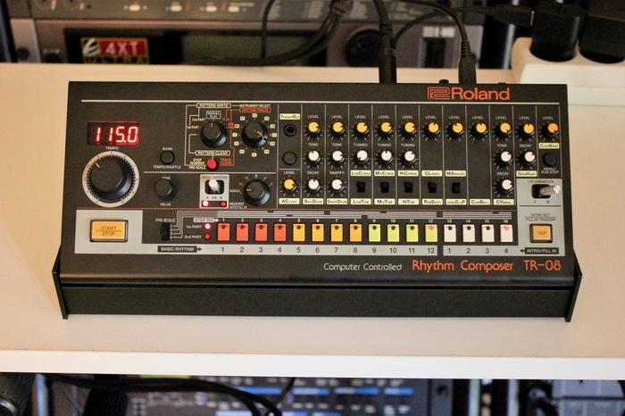 Roland TR-08 : TR 08 1