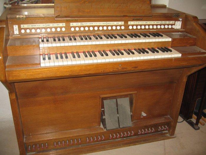 orgue electrostatique dereux 2.JPG