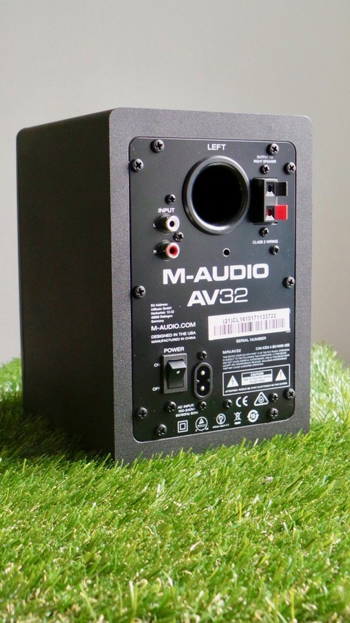 M-Audio AV32 : MAudioAV32Back