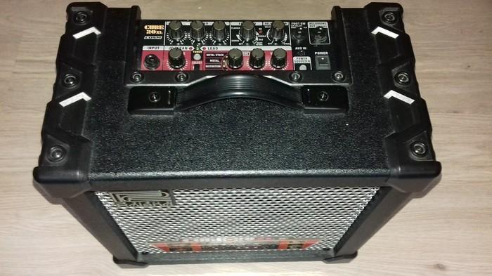 Ampli Roland 20XL