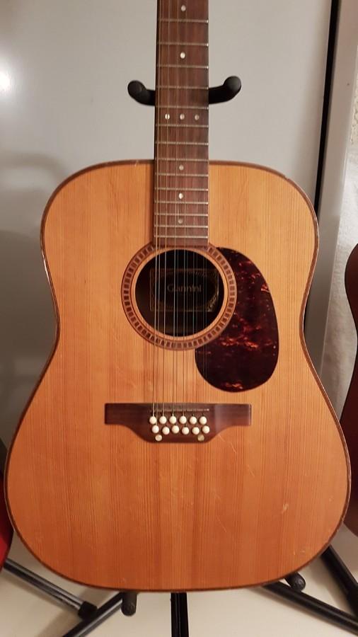 Guitare 14 a