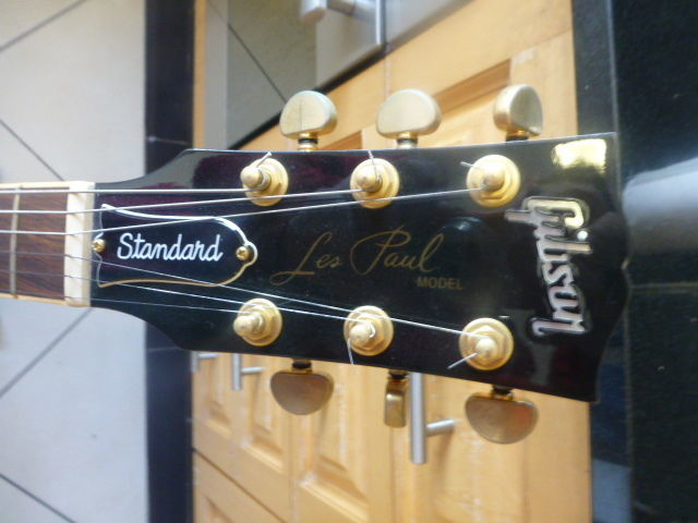 03 Gibson Les Paul STD Gold Hardware (1998 ) New with Tags
