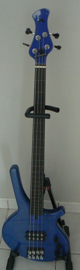 fretless luthier dac 1597842