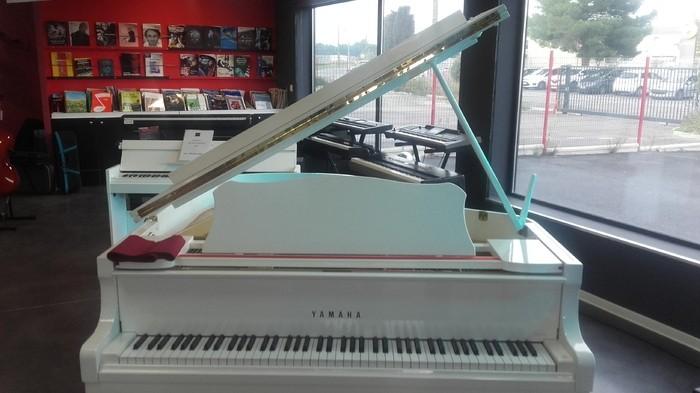 PIANO YAMAHA C2 2