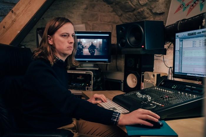 VU studio 04@Hugo Jouxtel