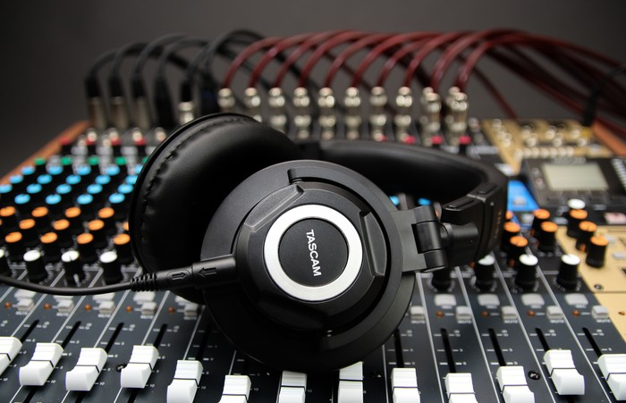 TAS-headphonemixer-7247