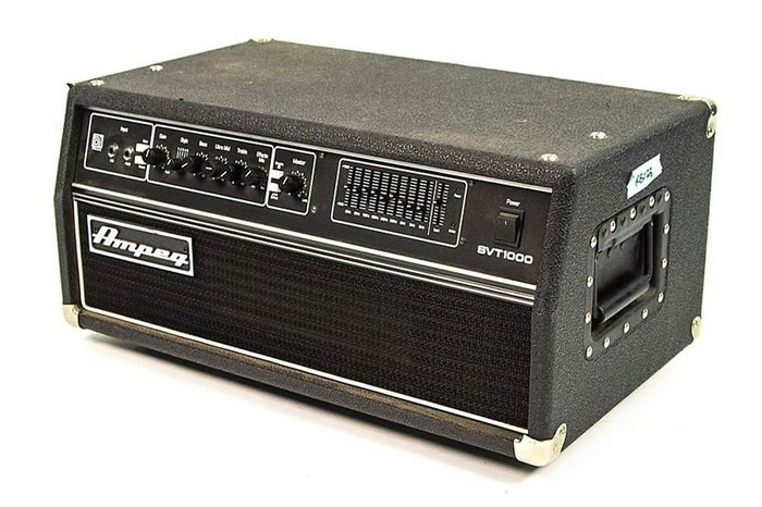 Rex-Brown-Ampeg-SVT1000