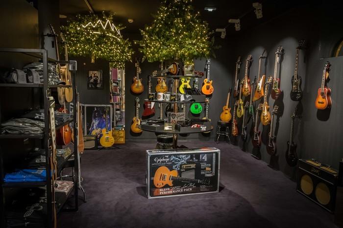 Gibson LBM Xmas