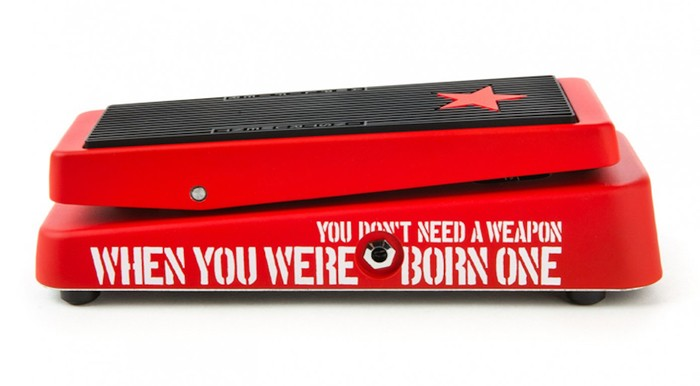 Dunlop-Tom-Morello-Cry-Baby-Wah-1