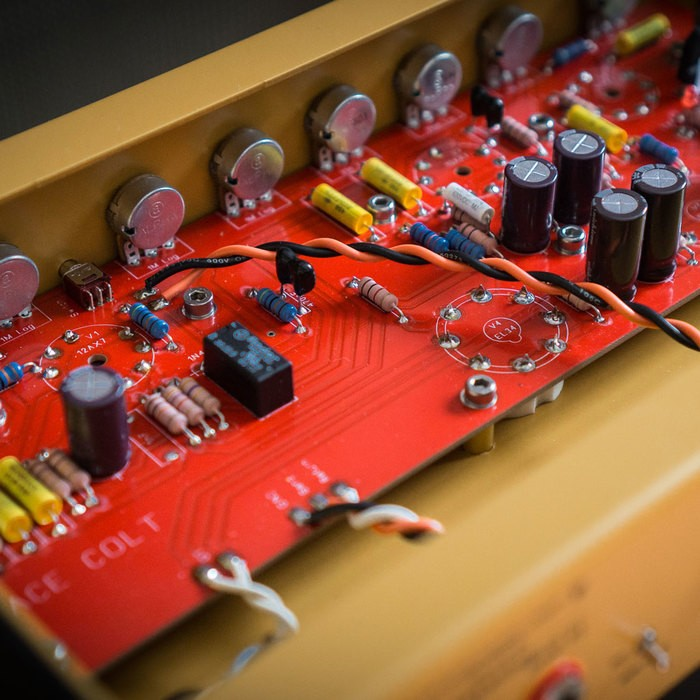https://medias.audiofanzine.com/images/thumbs3/ace-amplification-colt-2641464.jpg