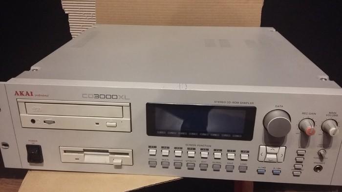 Akai CD3000XL (18124)