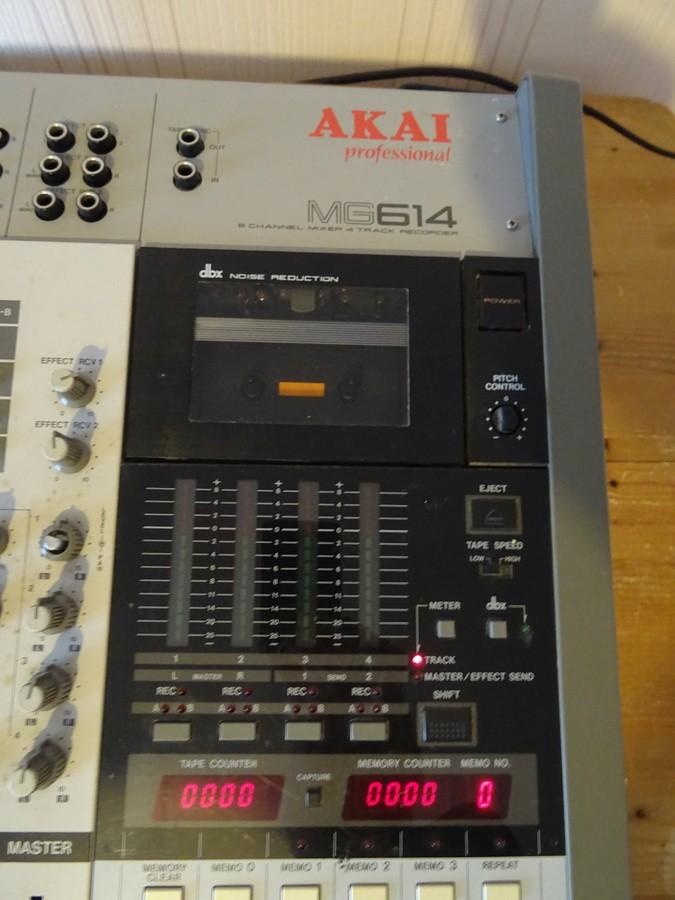 Akai MG614 (86919)