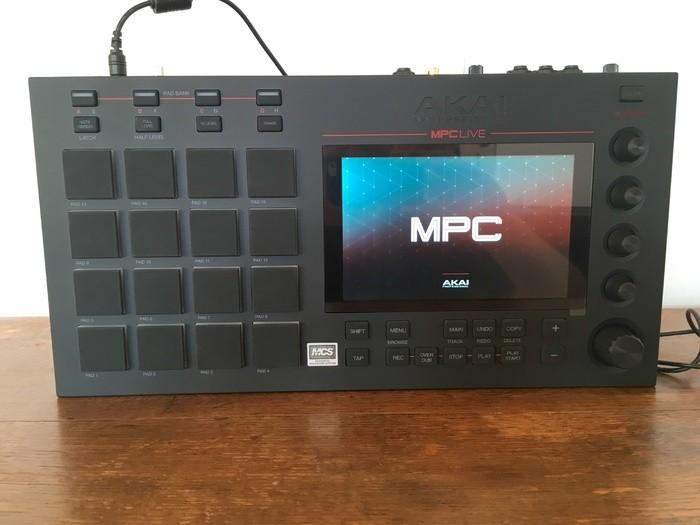Akai MPC Live (60282)