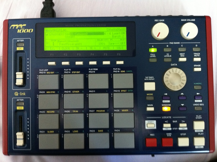 Akai MPC1000 echoes6785 images