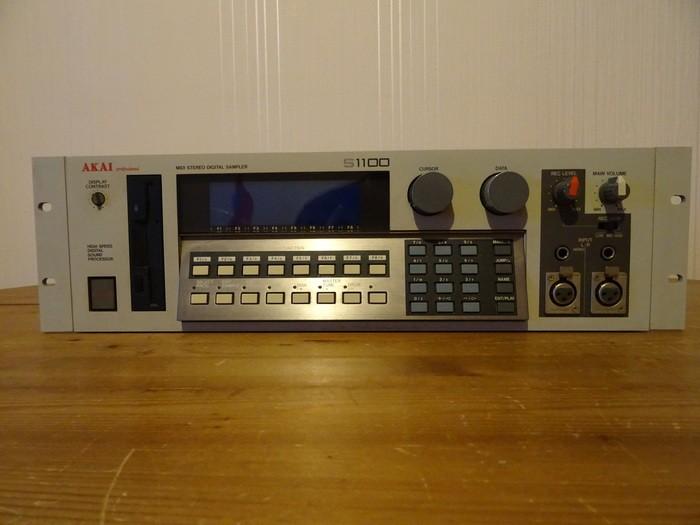 Akai S2000 (92431)