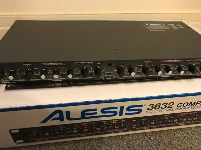 Alesis 3632 Compressor (23414)
