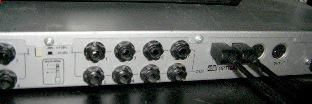 Alesis DEQ830 (63846)