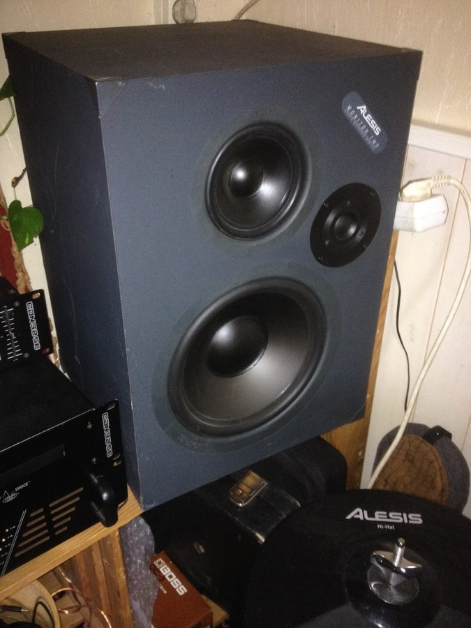 Alesis Monitor Two (16943)