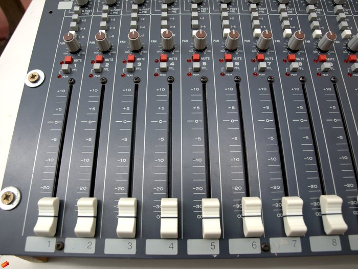Allen & Heath GL2
