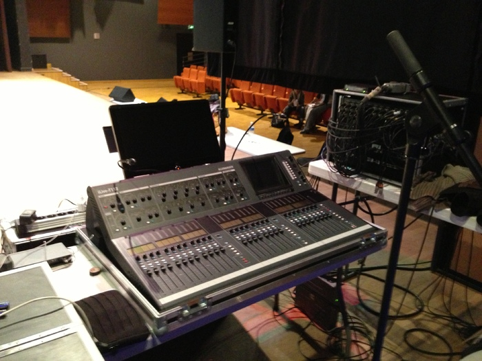 Allen amp Heath iLive T112 Digital Mixing System ...