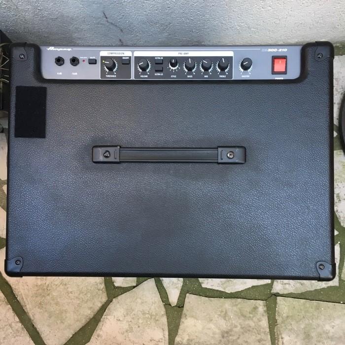 Ampeg BA300 210 (46902)