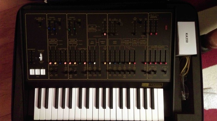 ARP Odyssey Rev2 guilou images