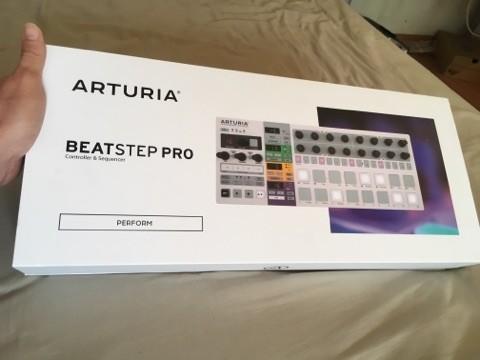 Arturia BeatStep Pro (34650)